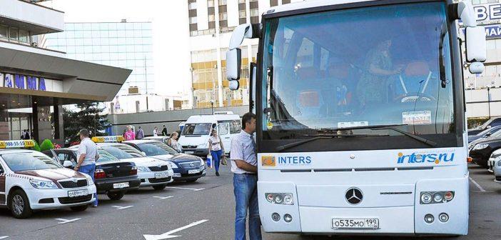 Правительство смягчило требования к автобусным турам для детских групп